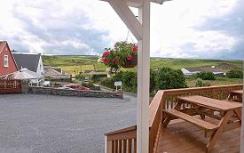 Notre terrasse avec vue – voir plus sur la page suivante